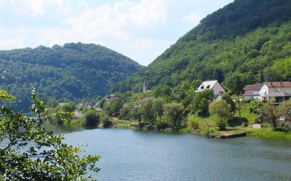 What and where is the Dordogne A guide to the Dordogne river