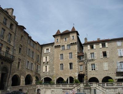 The bastide towns of southwest france gems of mediaeval town planning - Grange de la bastide ...