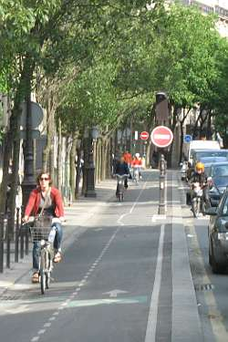 Cycle lanes in Paris