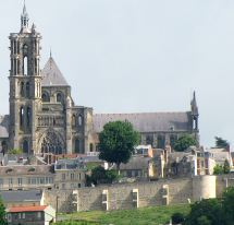 Laon ramparts and cathedral