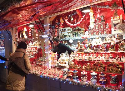Christmas Paris France.Christmas Shopping And Markets In Paris And France 2018