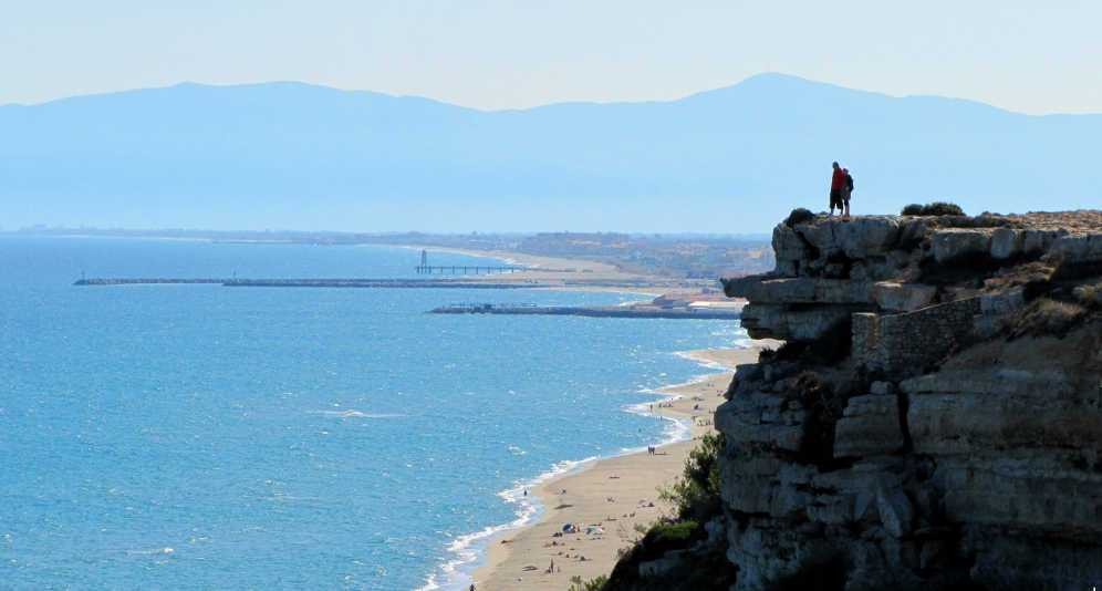 Languedoc regional guide and tourist attractions southern France
